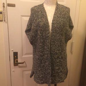 Cocoon Sweater Vest
